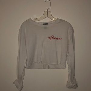 """""""influencer"""" cropped long sleeve !!"""